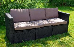 Set zahradního nábytku - tři křesla tvořící pohovku