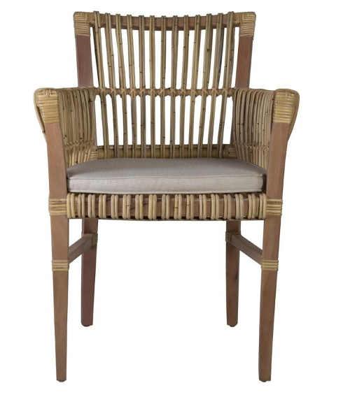 Pohodlná ratanová židle do exteriéru