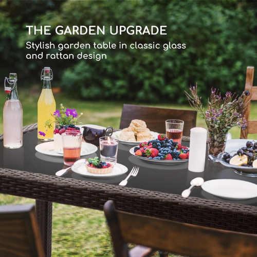 Zahradní stůl z umělého ratanu