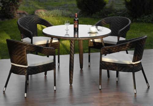 Luxusní jídelní set na terasu s kulatým stolem