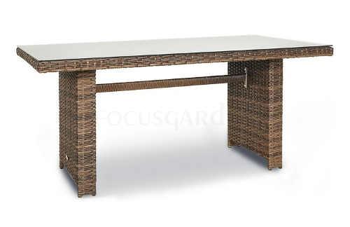 Stůl z technoratanu se skleněnou deskou
