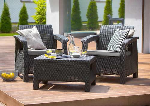 Menší set zahradního nábytku se dvěma křesly - ideální na balkon