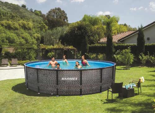 bazén s pevnou kovovou konstrukcí